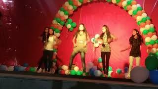 Middle class girls dance