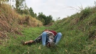 Be Careful A Beautiful Women at The Quiet Place in Farm Alone - Educational Thing