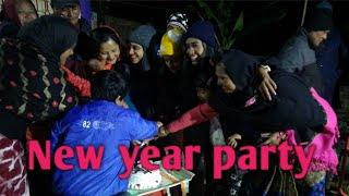 Happy New Year 2019 // Dance Party With family/(small town girl vlog04)
